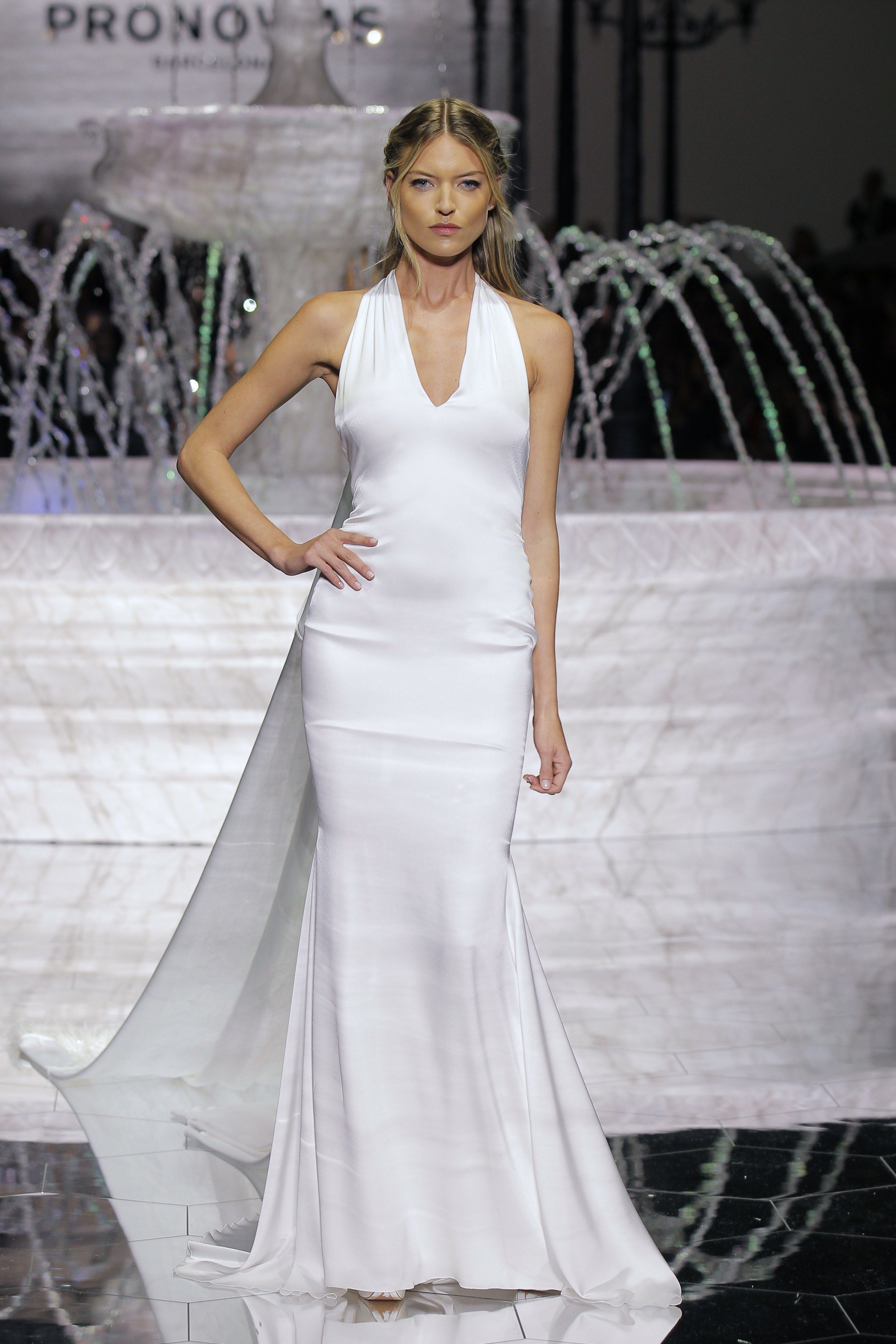 Pronovias bridal spring vestidos noivas pinterest