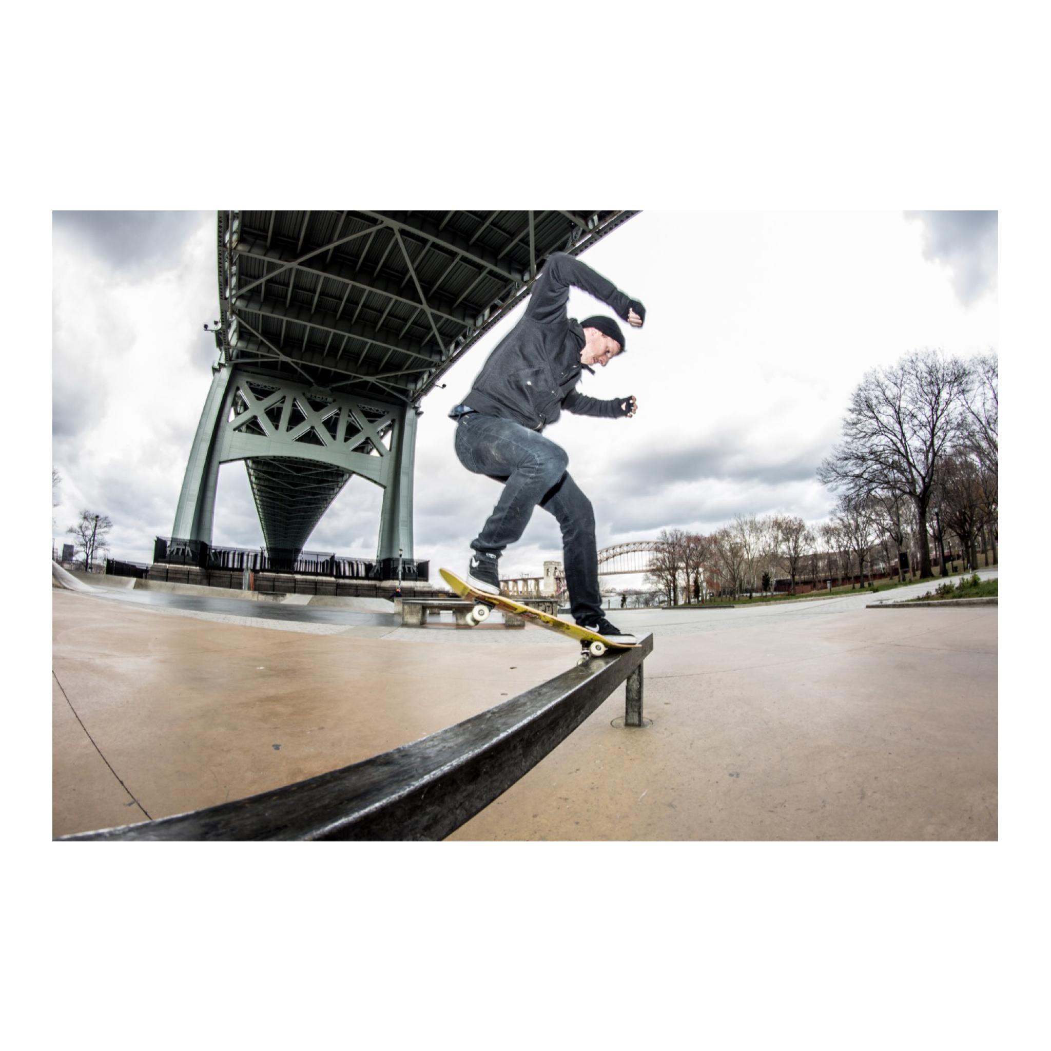 Frontside Crooked Grind  -Mike Grosshandler  -Astoria Park SkatePark  #skateboarding #DolaVisionPhotography