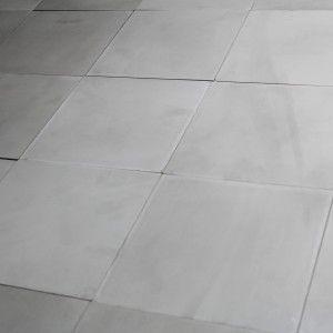 Carreau Ciment Gris Clair Uni Carreaux De Ciment Salle De Bain, Carrelage  Ciment, Inspiration