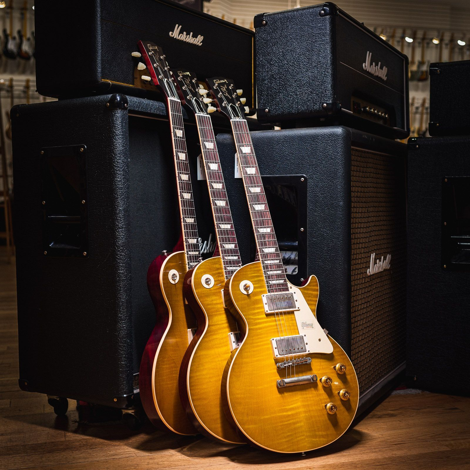 What Do You Think Of Our 58 Plain Top Gibson Les Pauls Nothing Sweeter Than A Green Lemon Chicagomu Gibson Guitars Gibson Les Paul Les Paul Guitars