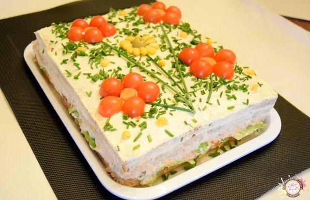 Pastel Salado Con Pan De Molde Integral Y Atún Pasteles Salados Pastel De Atún Frío Sándwiches De Miga