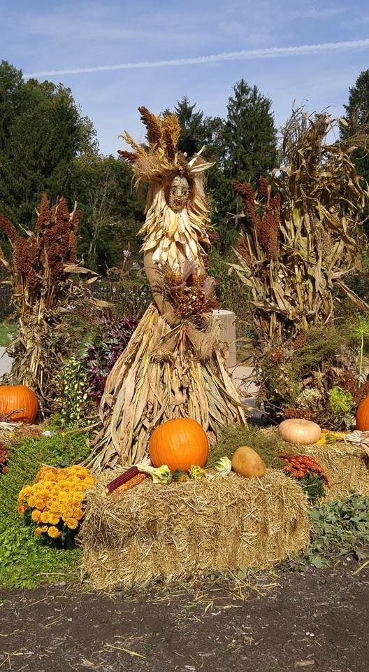 Made this Harvest Queen for Inniswood Metro Park near me