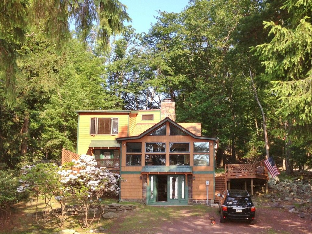 Cottage vacation rental in lake harmony from