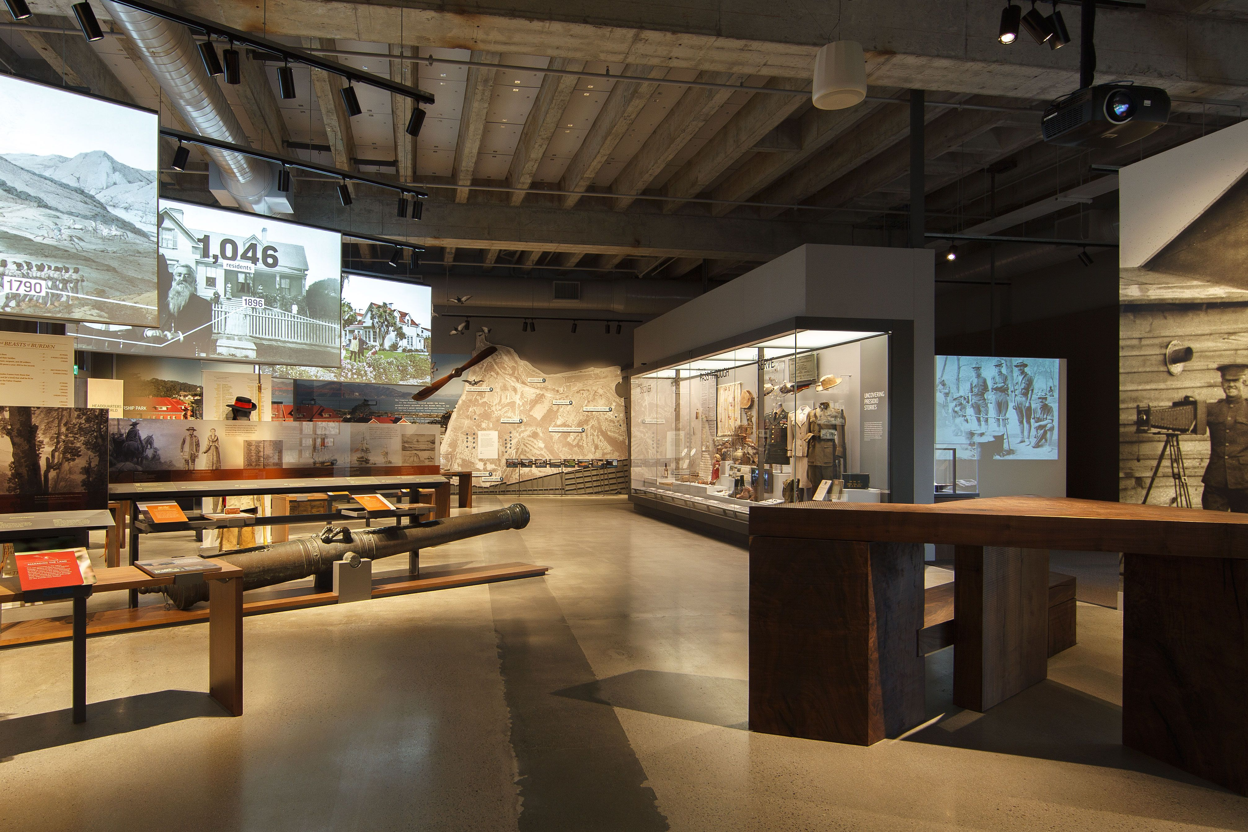 AK3W6208 | exhibit design | Pinterest | Exhibitions, Museums and ...