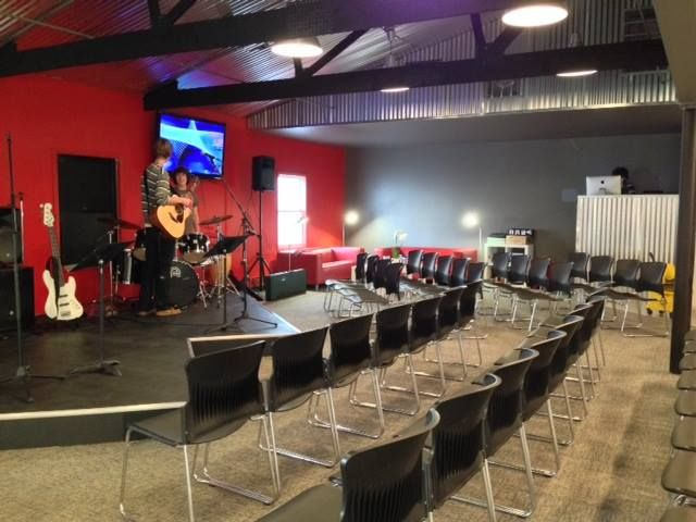 Church Of The Open Door Student Center Worship Room Youth Room Church Church Interior Design Church Building Design