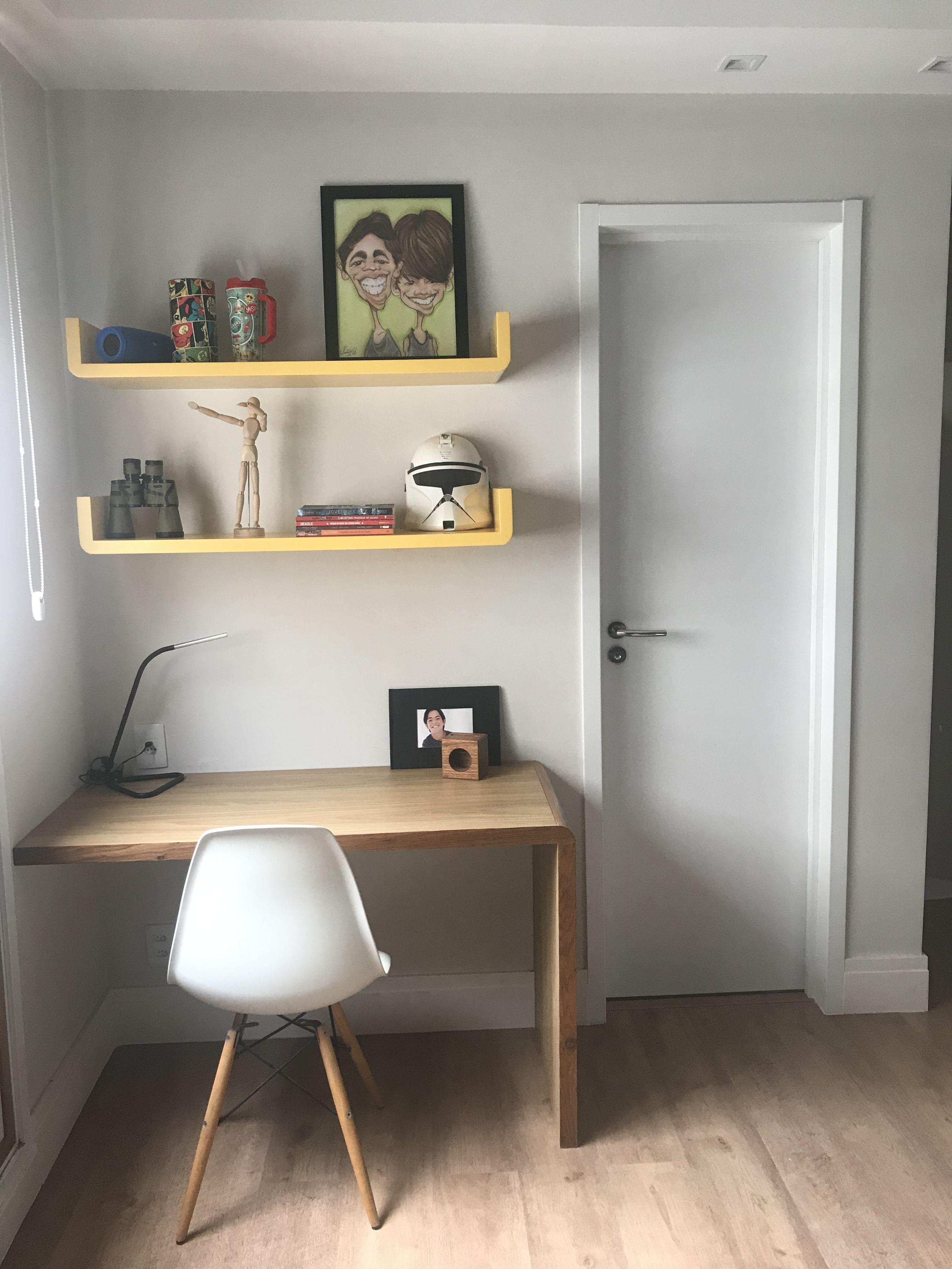 Escrivaninha planejada para quarto