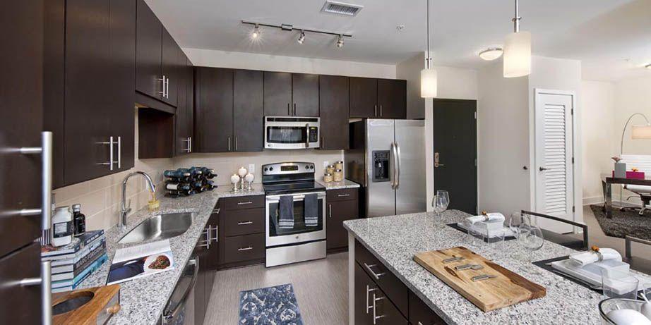 Die Küche ist ein wesentlicher Bestandteil, die die Wohnung zu - granit arbeitsplatten küche preise