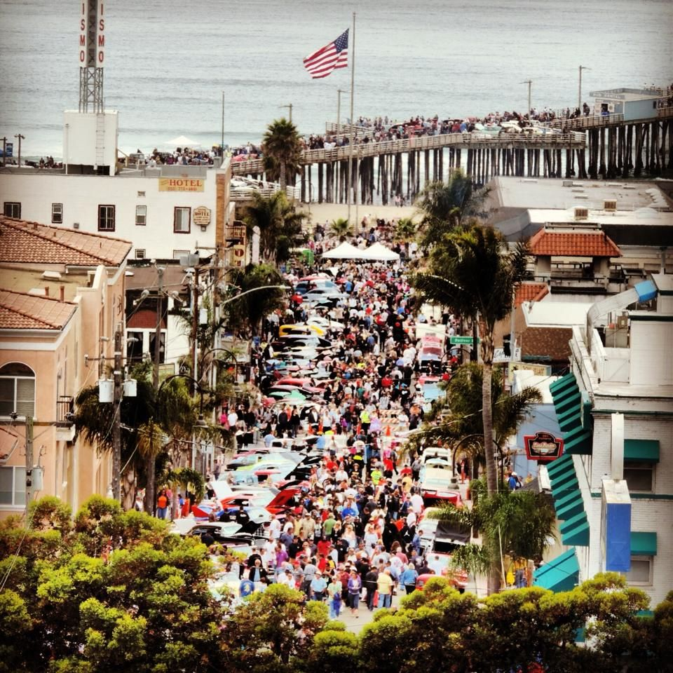 Pismo Beach During The Clic Car Show