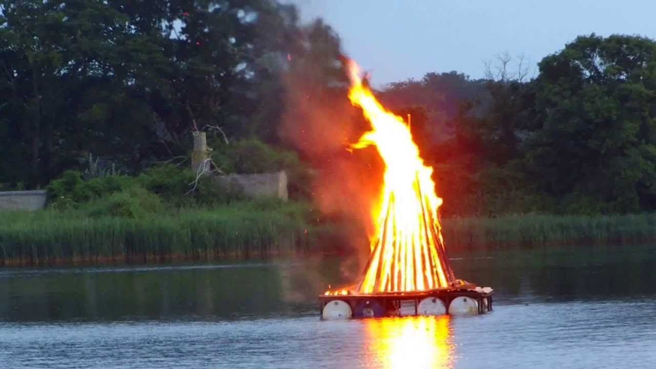 "It's like The Yule Log!!! Your very own Virtual Sankt Hans Bonfire! Glædelig Sankt Hans!!! Enjoy!!!! (Music: ""Vi elsker vort land"" - Midsommervise - ""We Love Our Country"" - YouTube)"