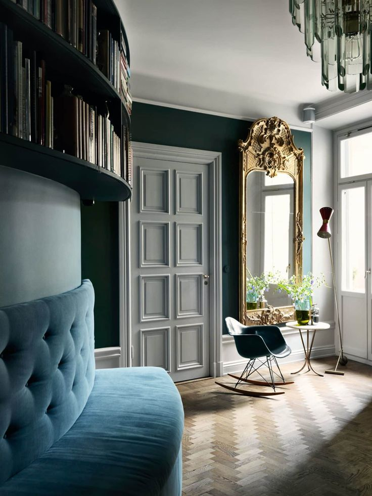 Introducing Modern Victorian and How To Do It In Your Home - Emily Henderson #ModernVictorian #InteriorDesign #HomeDecor #Victorian #VictorianHome #ModernDesign #ModernDecor