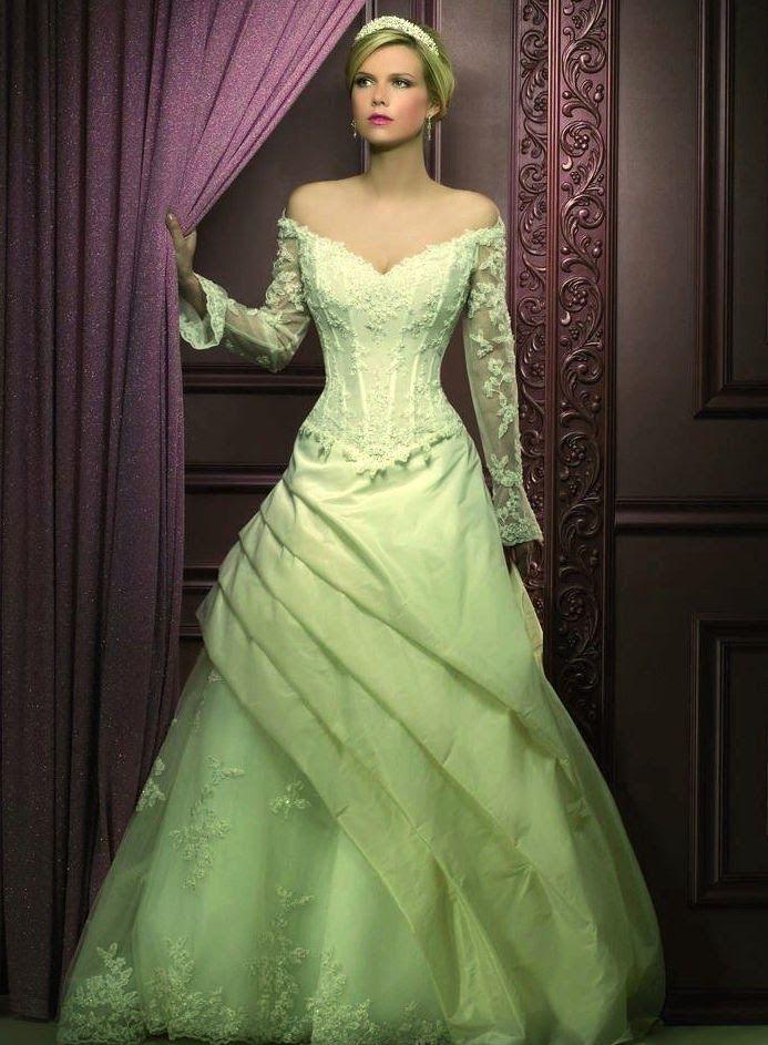 espectaculares vestidos de novias | moda color verde | vestidos de