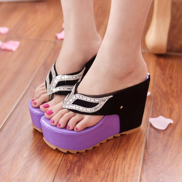 $7.99 (Buy here: http://appdeal.ru/6swu ) Diamond Mask Slippers Thongs Chunky High-Heeled Sandals Muffin Super Waterproof Wedges for just $7.99