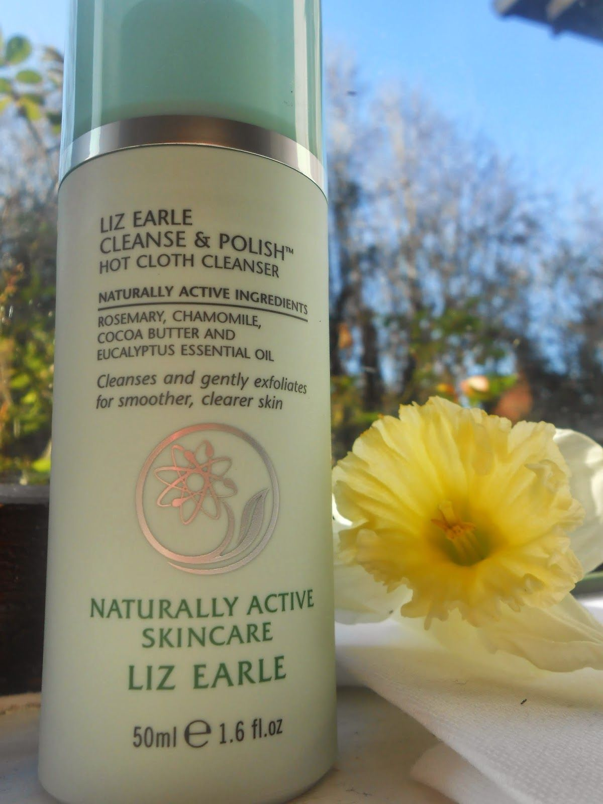 Liz Earle cleanse and polish review #bbloggers #review