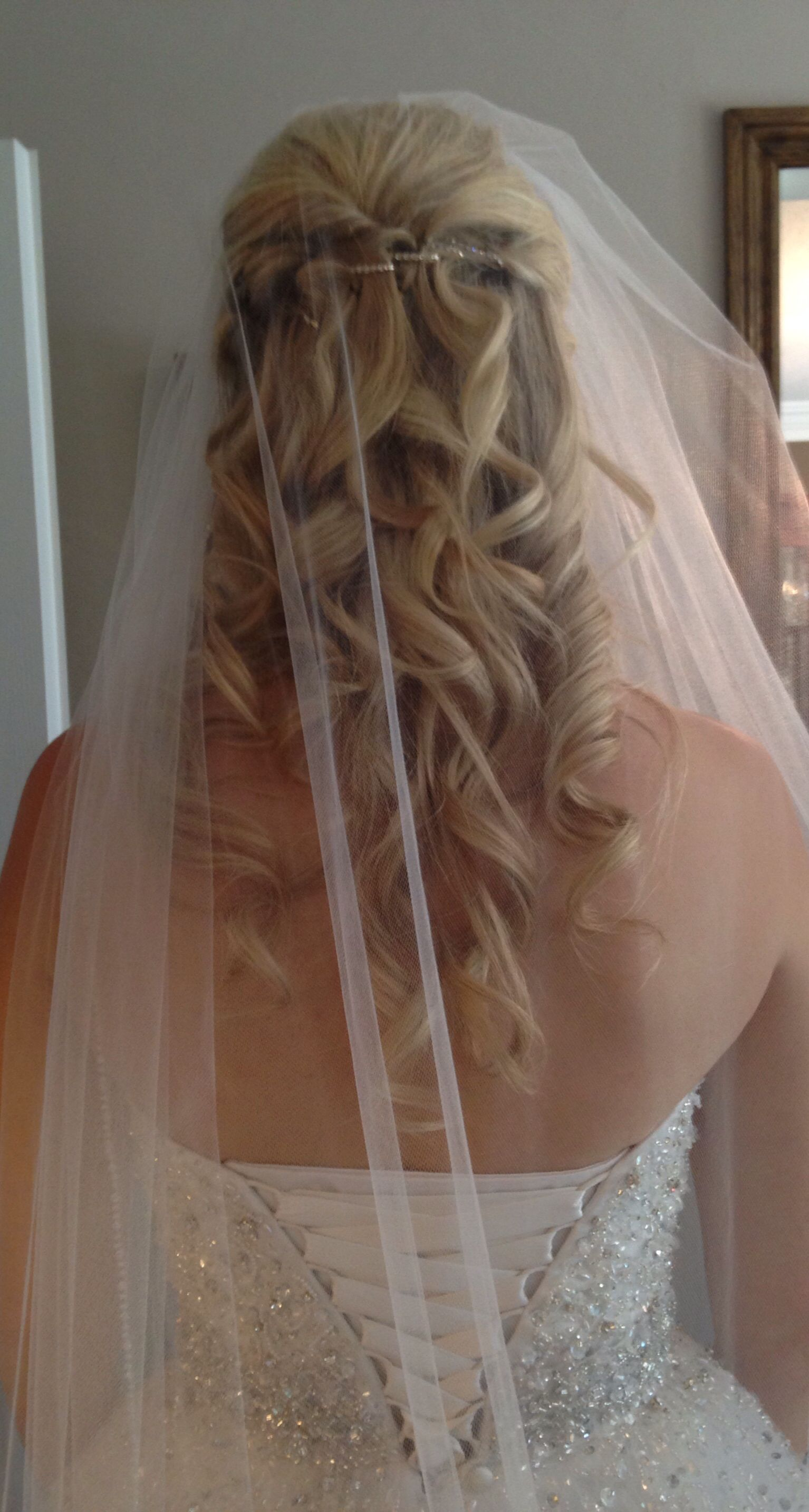 Our beautiful bride in her jessica simpson inspired wedding