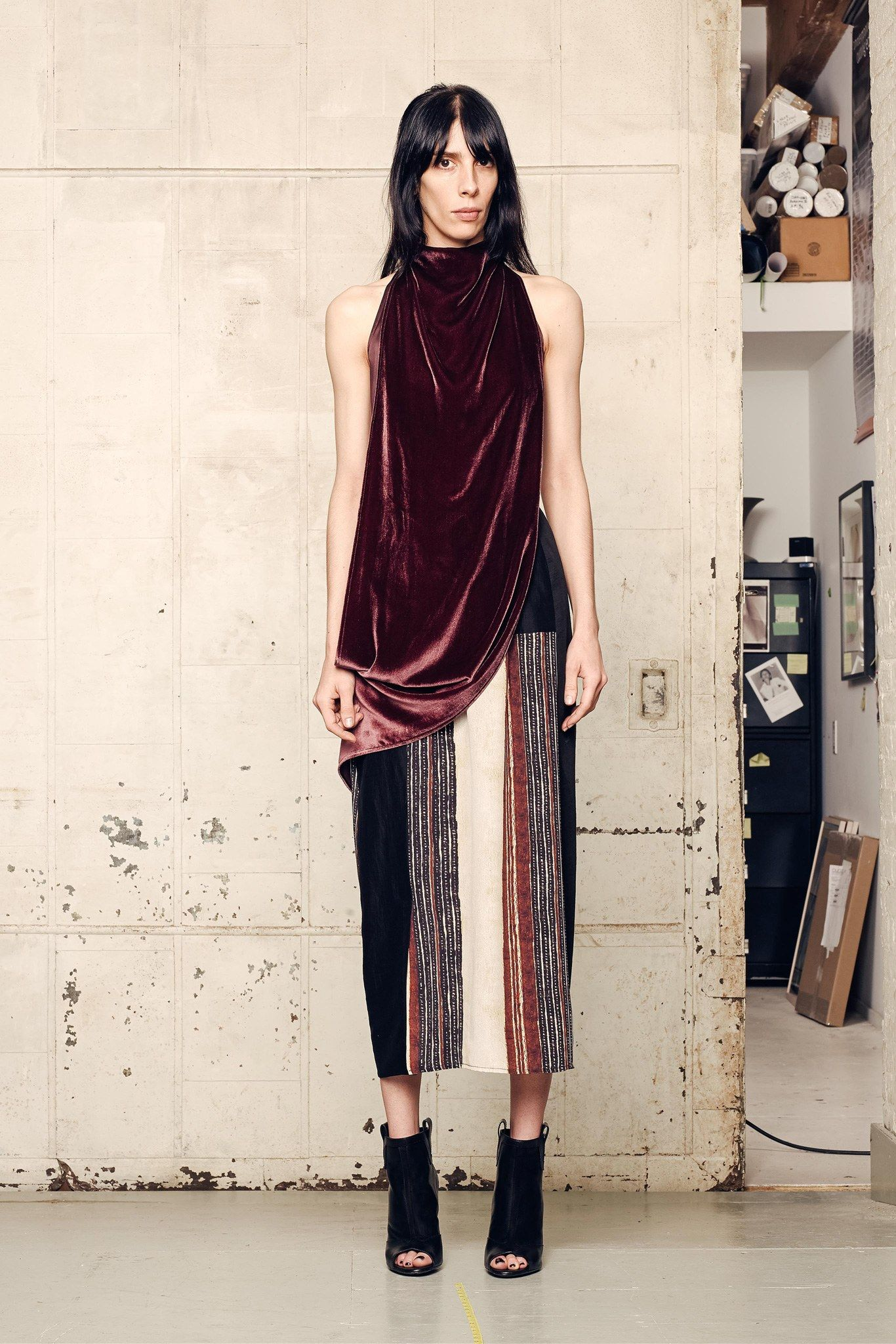 See the complete Gary Graham Fall 2015 Ready-to-Wear collection.