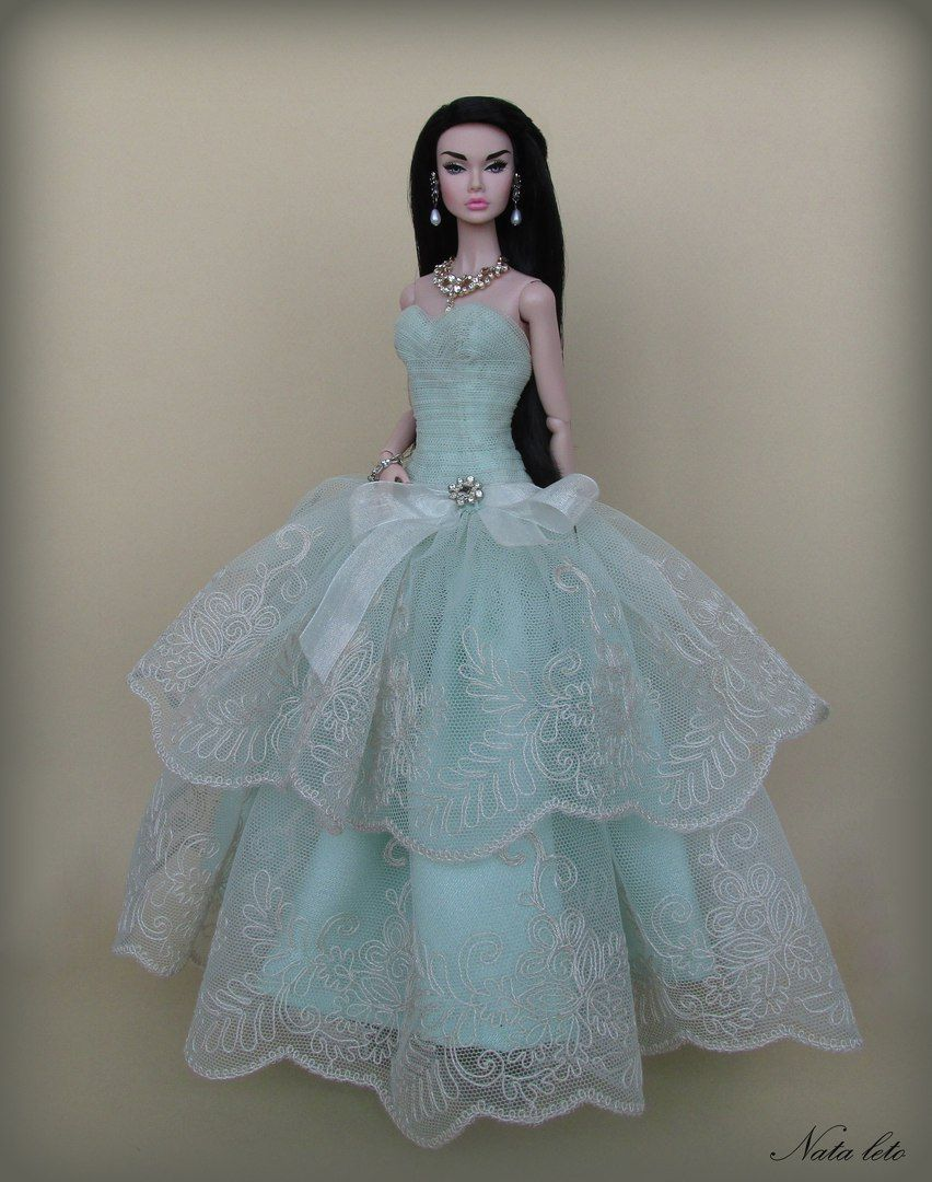 Pin by REDZMILA DESIGN on 4 DOLLS : GOWNS AND PARTY DRESSES ...