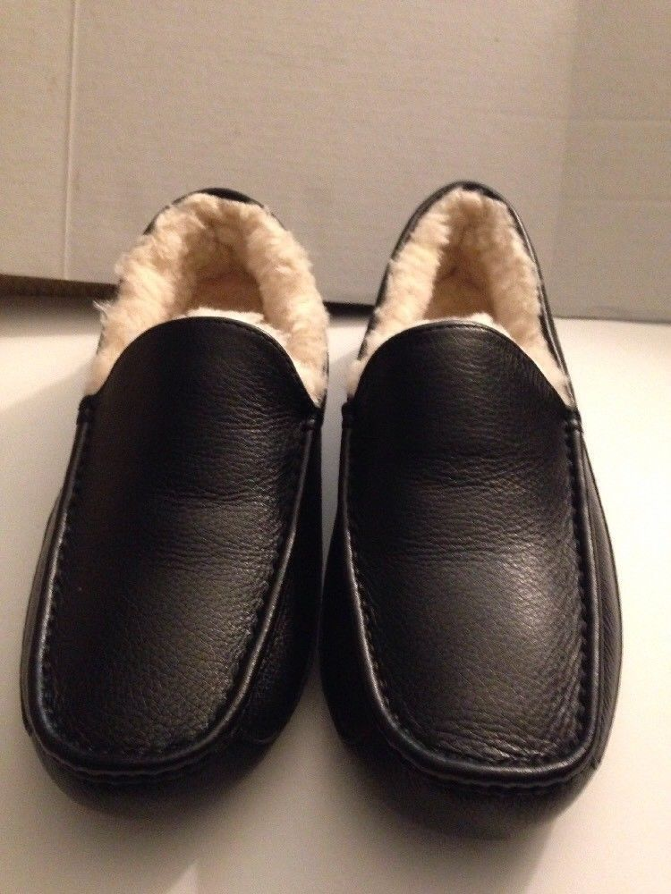 3942b7d53d5 UGG Australia Men's Ascot Moccasin Slippers 5379 Black Leather size ...