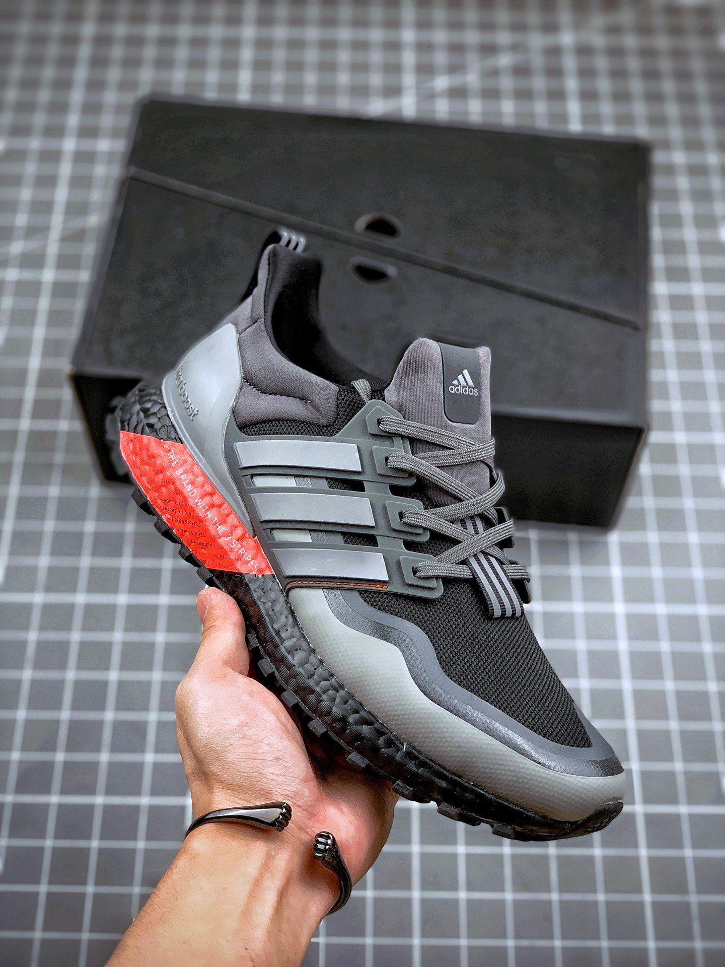 Adidas Ultraboost All Terrain 4.0 en 2020 | Zapatillas