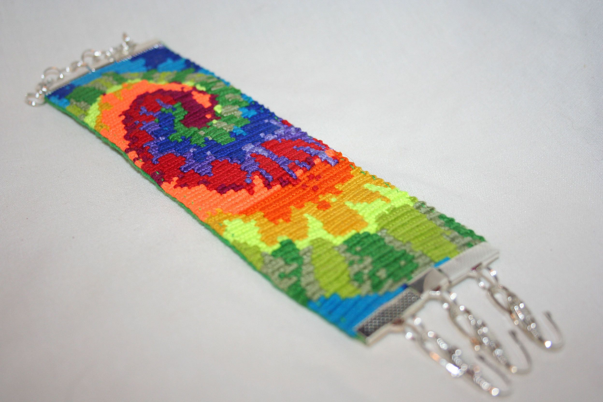 bracelet hands breeze cool img tie dye helping store