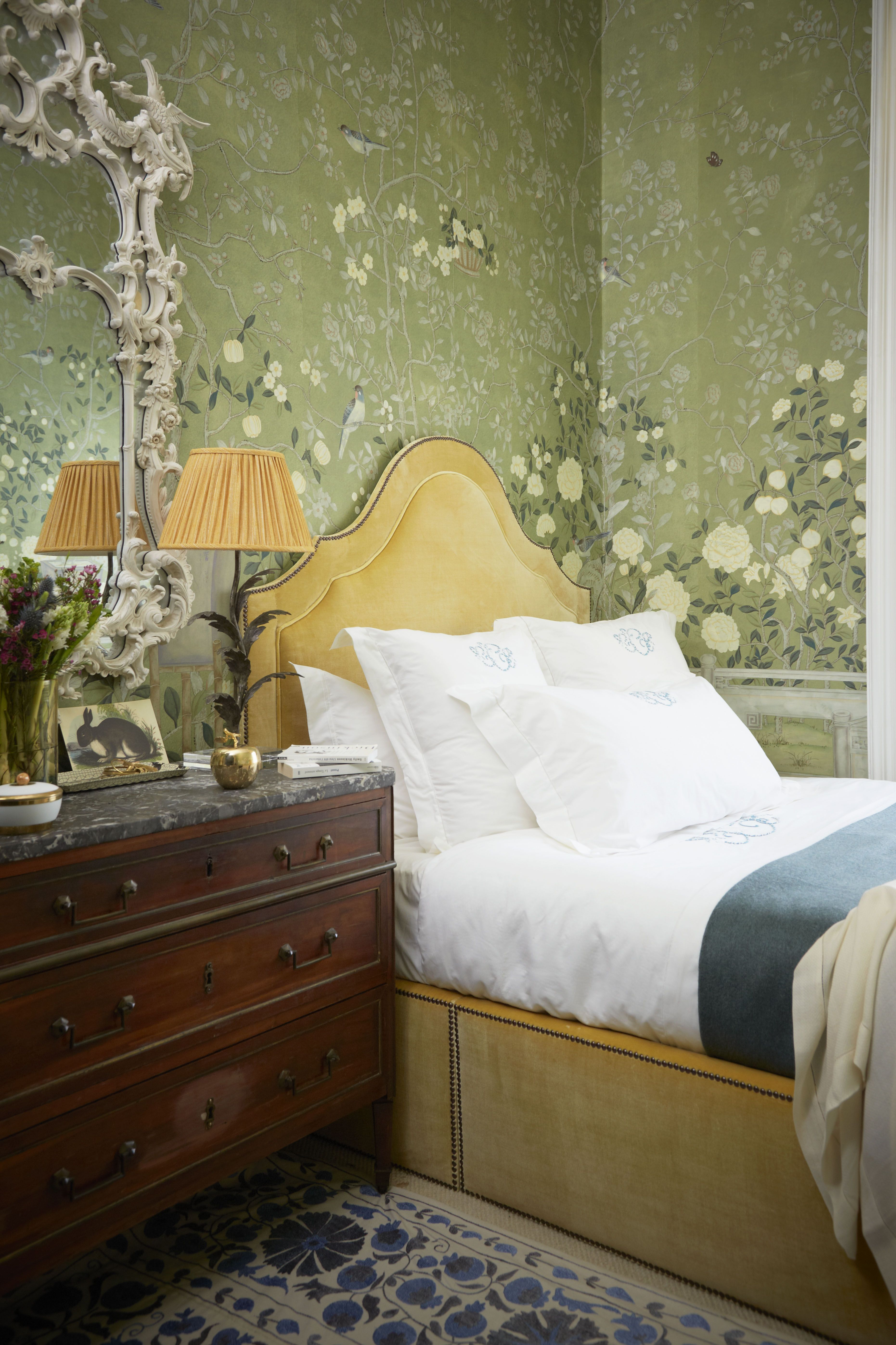 London Wallpaper Bedroom The London Home Of Hannah Cecil Gurney This Weekend Cas And The