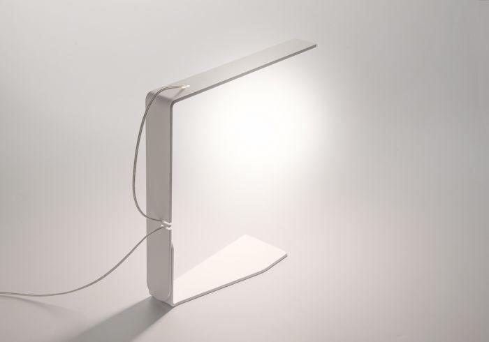 Lampe de bureau aimantée blanc light design