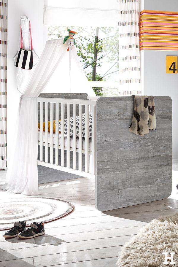 Fancy Steinoptik am Kinderbettchen.☺️ meinhöffi höffner