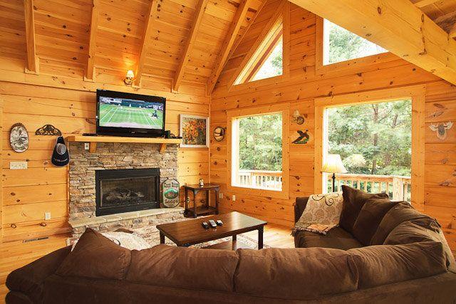 The Hemingway   Gatlinburg Chalets   Cabin Rentals Tennessee