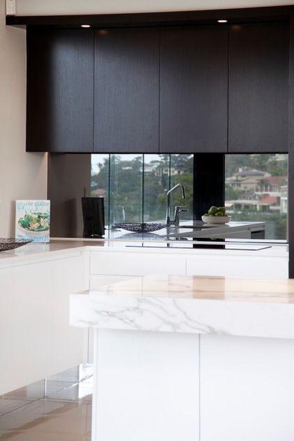 Kitchen Trend Black Is Back Kitchen Mirror Kitchen Mirror Splashback Kitchen Marble