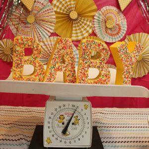 Baby Shower: DIY Cupcake Bar and Baby Sprinkle