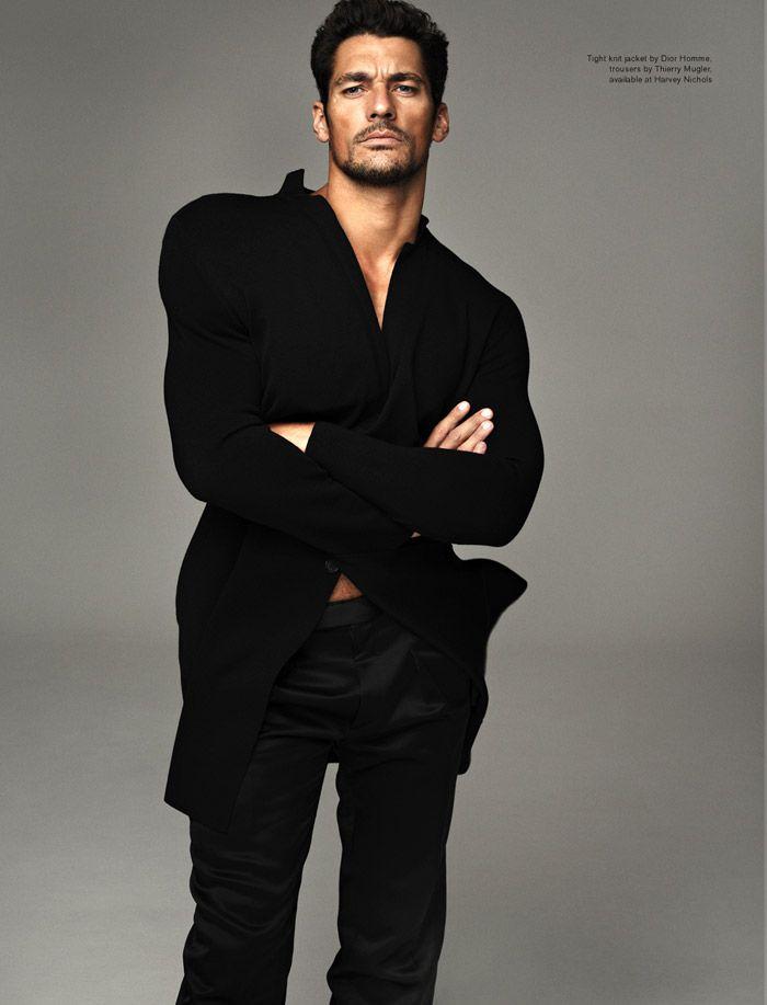 Attitude, ноябрь 2011 Модель: Дэвид Ганди (David Gandy) Фотограф: Мариано Виванко (Mariano Vivanco) Одежда: Louis Vuitton, Jean Paul Gaultier, Dolce & Gabbana
