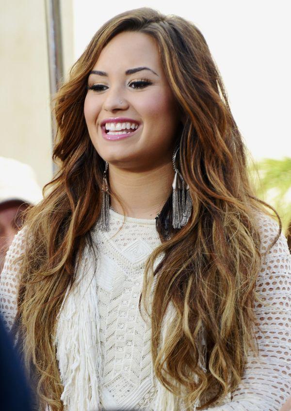 Demi Lovato Hair Style Demi Lovato Hair Long Hair Style Demi Lovato Hair Color Demi Lovato Hair Long Hair Styles