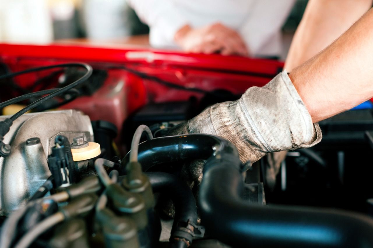 DIY Auto Repair Tips & Tricks That Will Help You To Keep