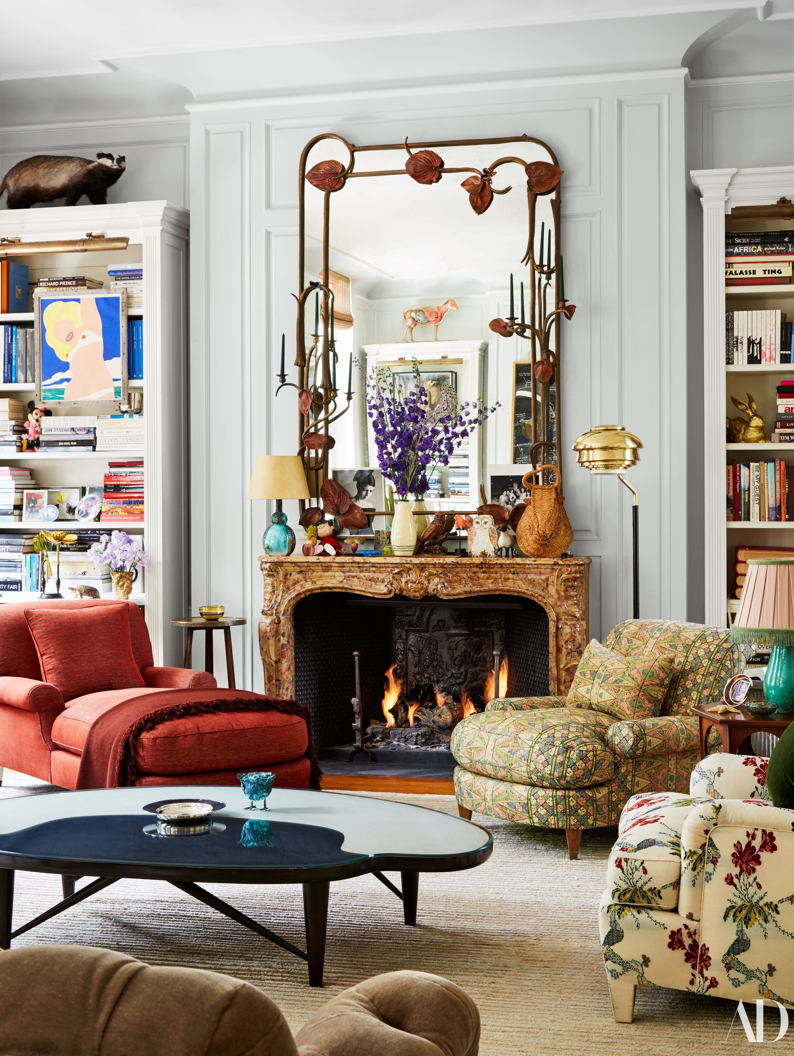 A Look Inside The Century Old Home Vintage Home Decor Home Decor Home Interior Design Old home living room ideas