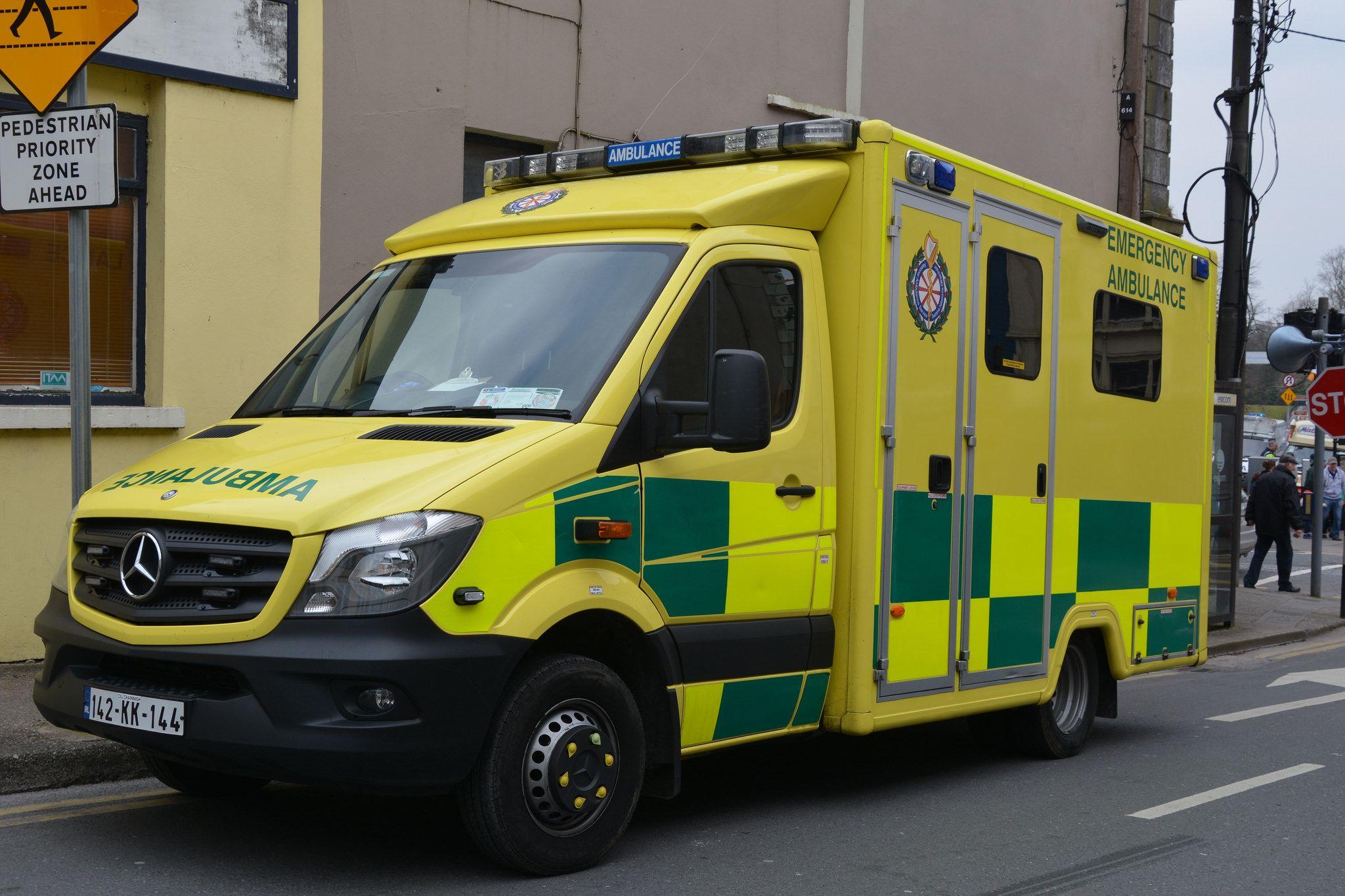 National ambulance service 2014 mercedes benz 51936