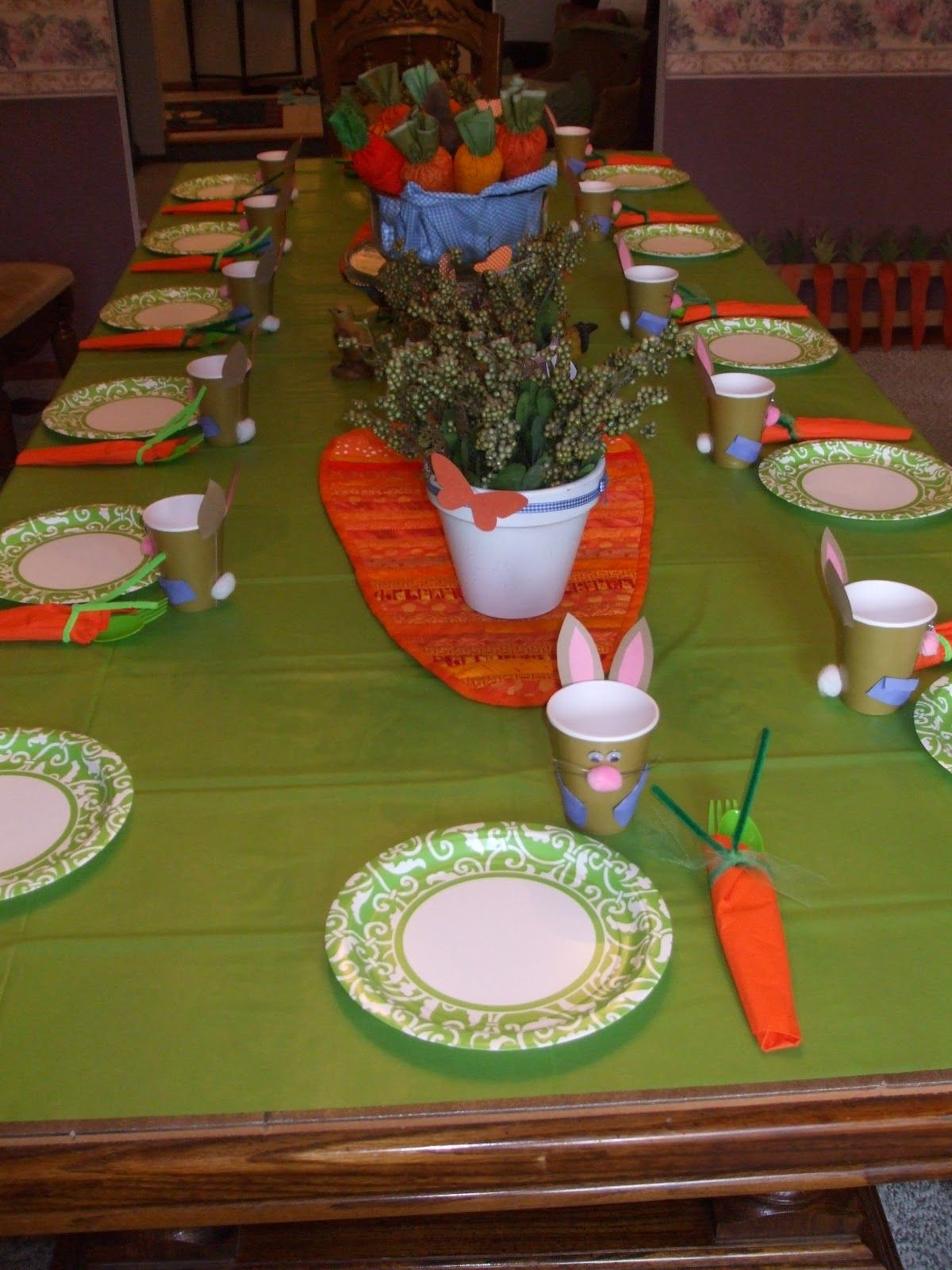 Cute table set up for Easter/Spring party - bunny cups, carrot ...