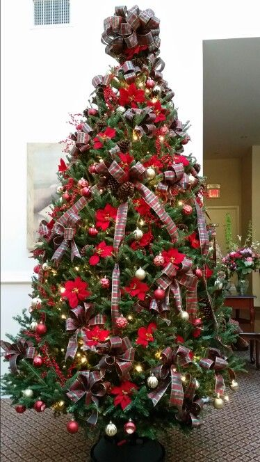 Christopher Jordan Funeral Home Doristhefloristt Com Decorating Jobs Holiday Decor Decor