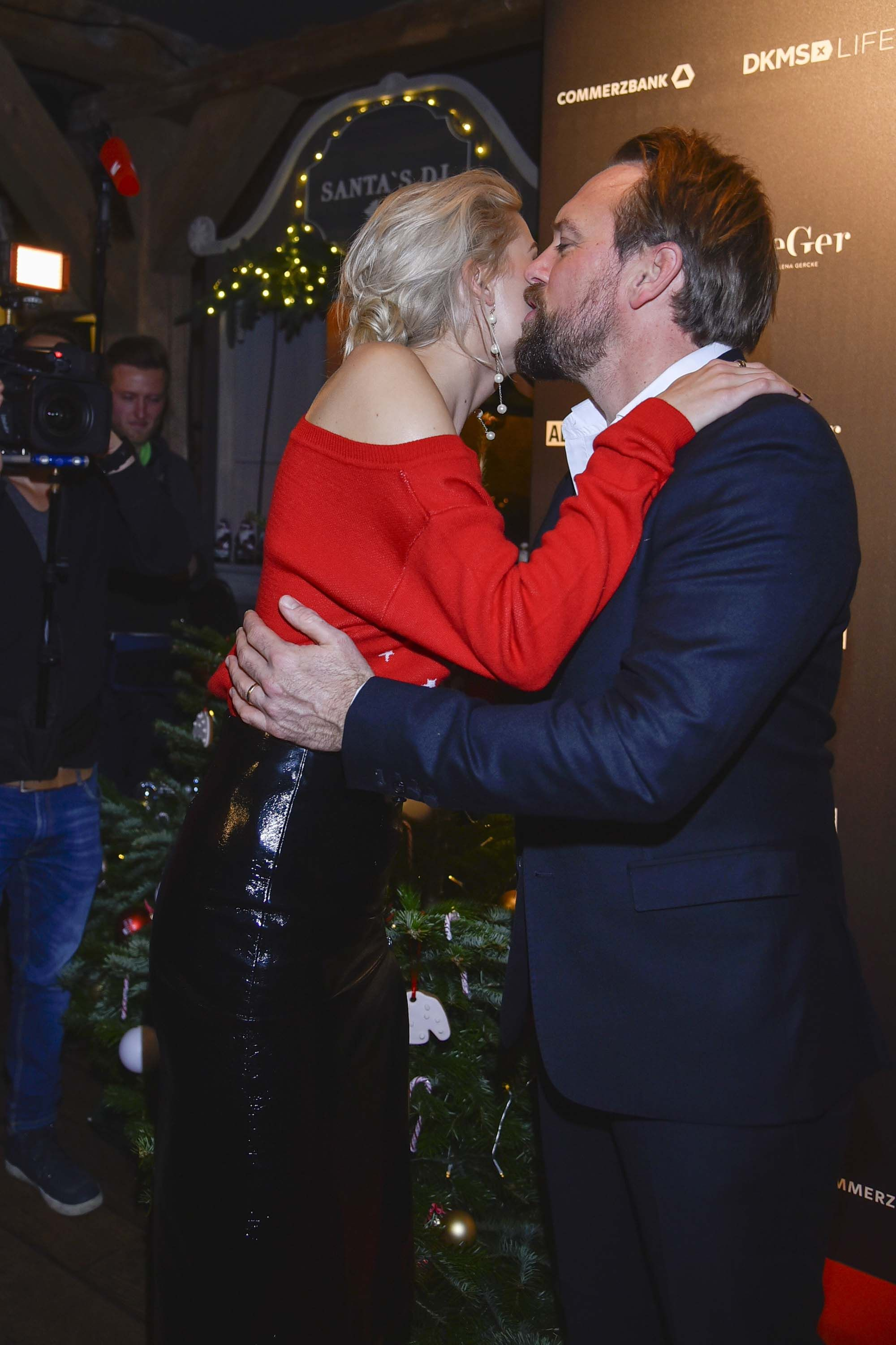 Lena Gercke Attends Christmas Dinner Party Dinner Party