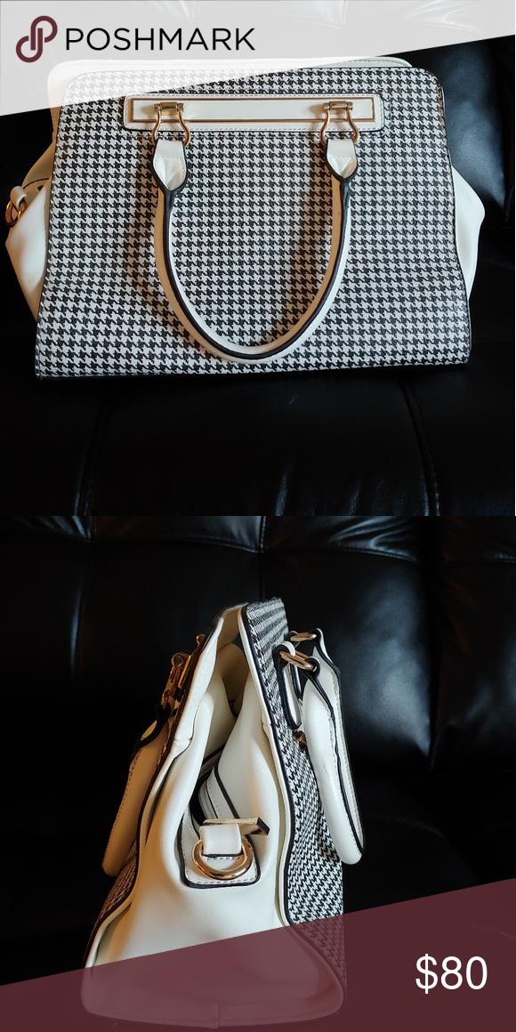 cbff178c402 Real leather ladies handbag NWT   My Posh Closet   Pinterest   Real ...