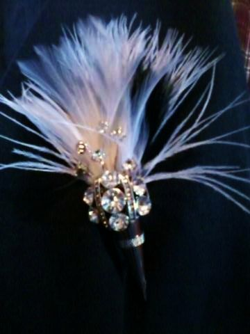 Bridal Ostritch Feather Fan Handfasting 20s Great Gatsby Vintage Brooch Bouquet LISALI  Bling Bling Bridal Feather Bouquet