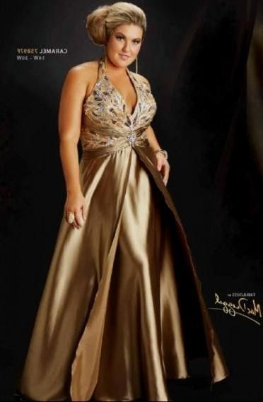 5d6c374f71022 plus size gold evening gowns looks | My Wedding | Plus size evening ...