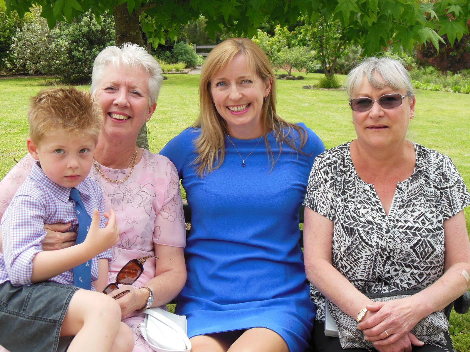 Janet Kinsey and family :-) #kinseywedding4112014