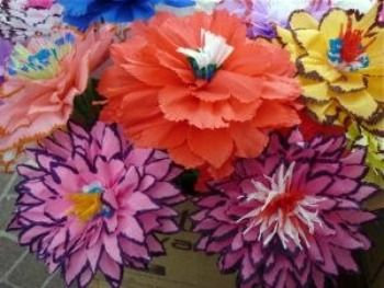 History and types of paper flowers art pinterest mexican paper mexican paper flowers are a very popular craft made to decorate churches day of the dead altars tombs and celebrations such as weddings and quinceaeras mightylinksfo