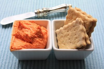 This lady is a genius make your own handi snacks i have never homemade handy snacks crackers and cheese dip my kids really enjoyed the handi snack cheese and cracker combo from kraft trying to find a healthier solutioingenieria Choice Image