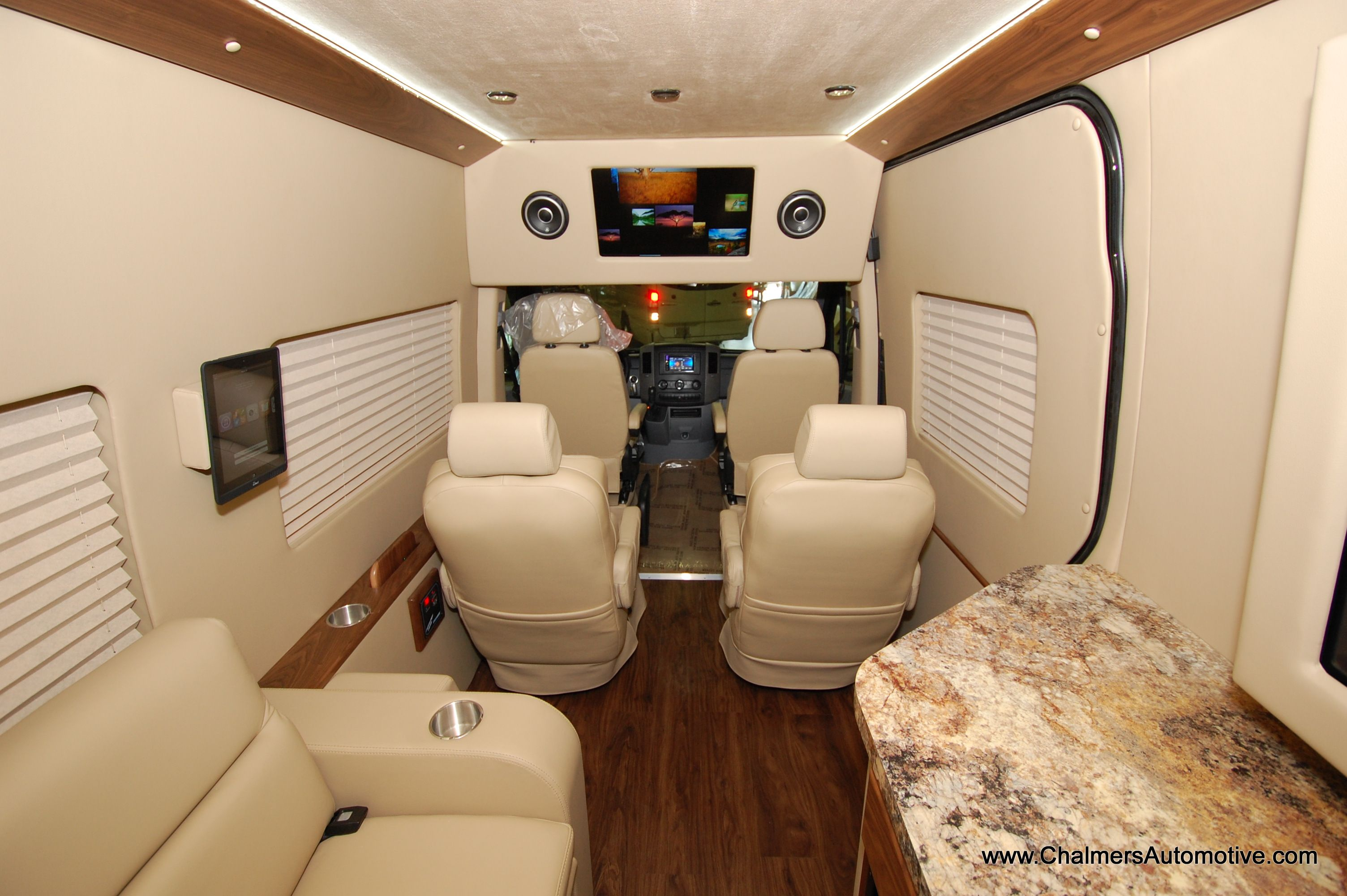 Mobileoffice van mercedes benz luxury mobile office for Mercedes benz sprinter conversion van for sale