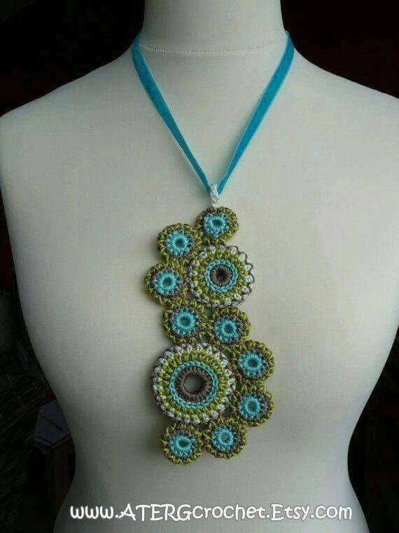 crochet necklace | want to have this | Pinterest | Häkeln, Stricken ...