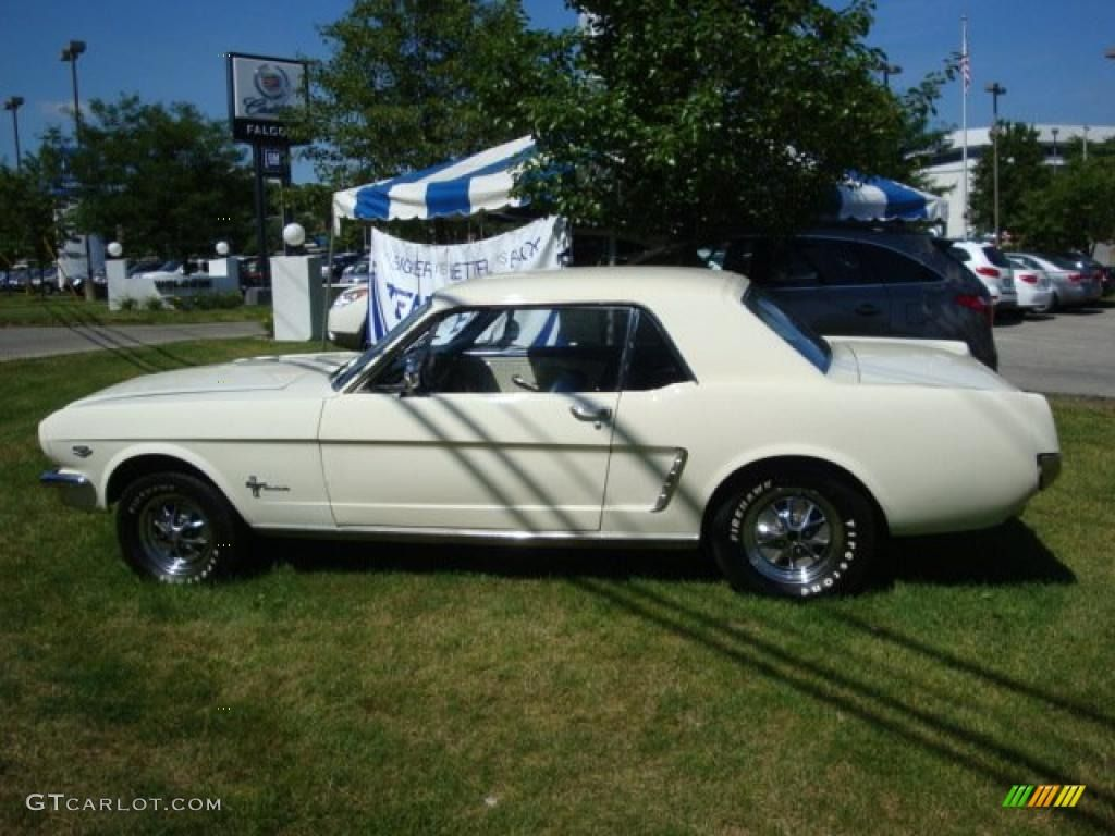 1965 Wimbledon White Ford Mustang Coupe 31791307 Gtcarlot Com Car Color Galleries Ford Mustang Coupe Mustang Mustang Coupe