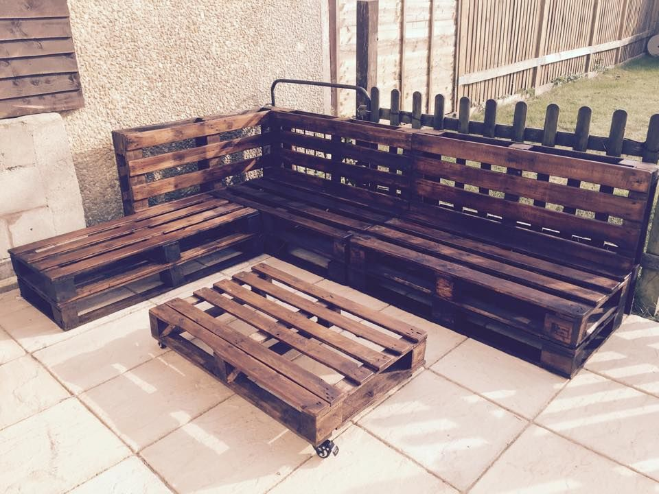 outdoor pallet sectional - Google Search | DIY Woodworking ...