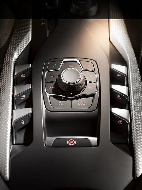 Citroën DS5 | Interiors, Detail and Car interiors