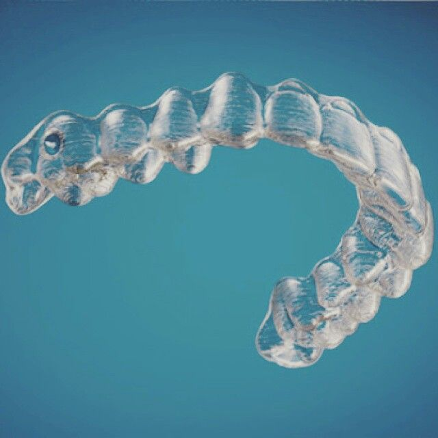 التقويم الشفاف الانفزلاين عيادات الرونق احدث الطرق لتقويم الأسنان باستخدام تقنيةالكمبيوتر ثلاثية الأبعاد يتم Orthodontics Cosmetic Dentist Invisalign