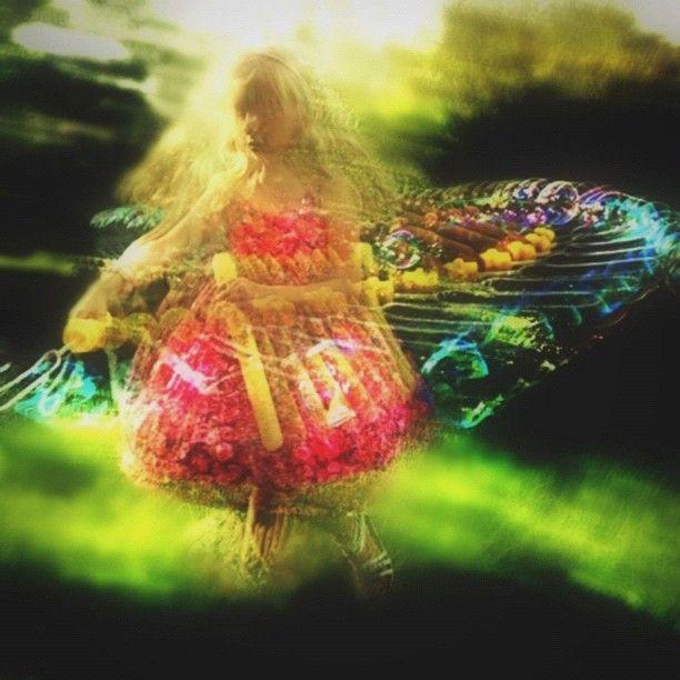 A child's rainbow globe..... | elvisandme